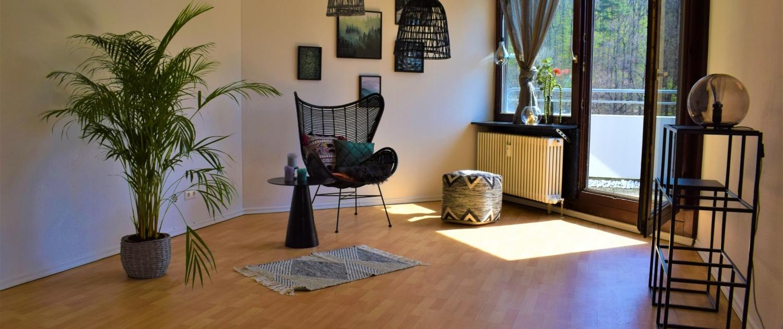 549 - Einzimmerwohnung mit sehr großer Dachterrasse in Stuttgart-Botnang - Stuttgart-Botnang - Heckenlau Immobilien - Makler für den Verkauf von Wohnimmobilien in Stuttgart