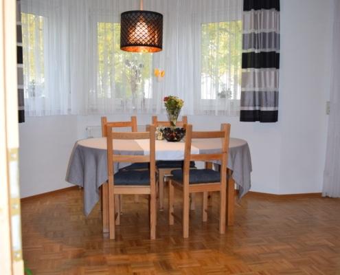 552 - Schönes Zweifamilienhaus in Bestlage von Ludwigsburg - Heckenlau Immobilien - Makler für den Verkauf von Wohnimmobilien in Stuttgart