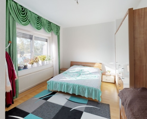 544 - Solide Altbauwohnung in zentrumsnähe von Stuttgart-Nord - Heckenlau Immobilien - Makler für den Verkauf von Wohnimmobilien in Stuttgart