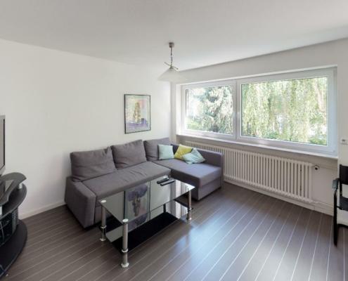 543 - Renoviertes und helles Architektenhaus mit viel Platz in Stuttgart-Neugereut - Heckenlau Immobilien - Makler für den Verkauf von Wohnimmobilien in Stuttgart