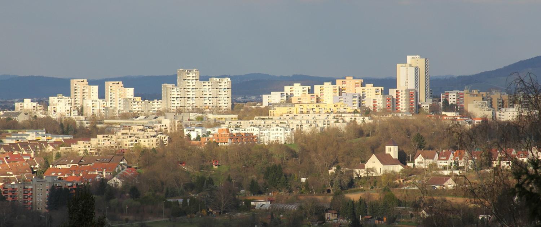 Heckenlau Immobilien - Makler für den Verkauf von Wohnimmobilien in Stuttgart Neugereut